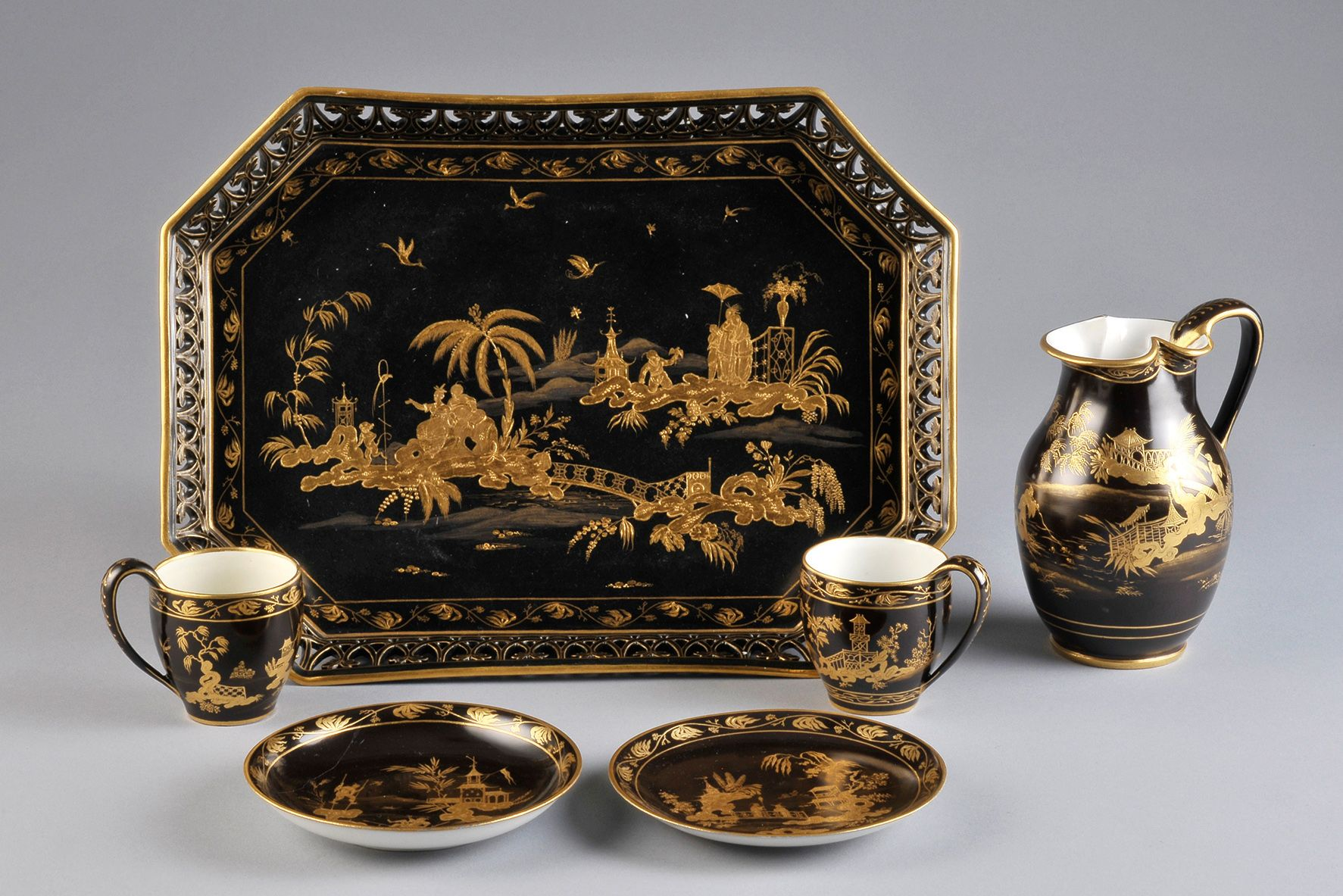 Be amazed at the intricacy of one of the oldest porcelain manufactories in Europe at the MAK.